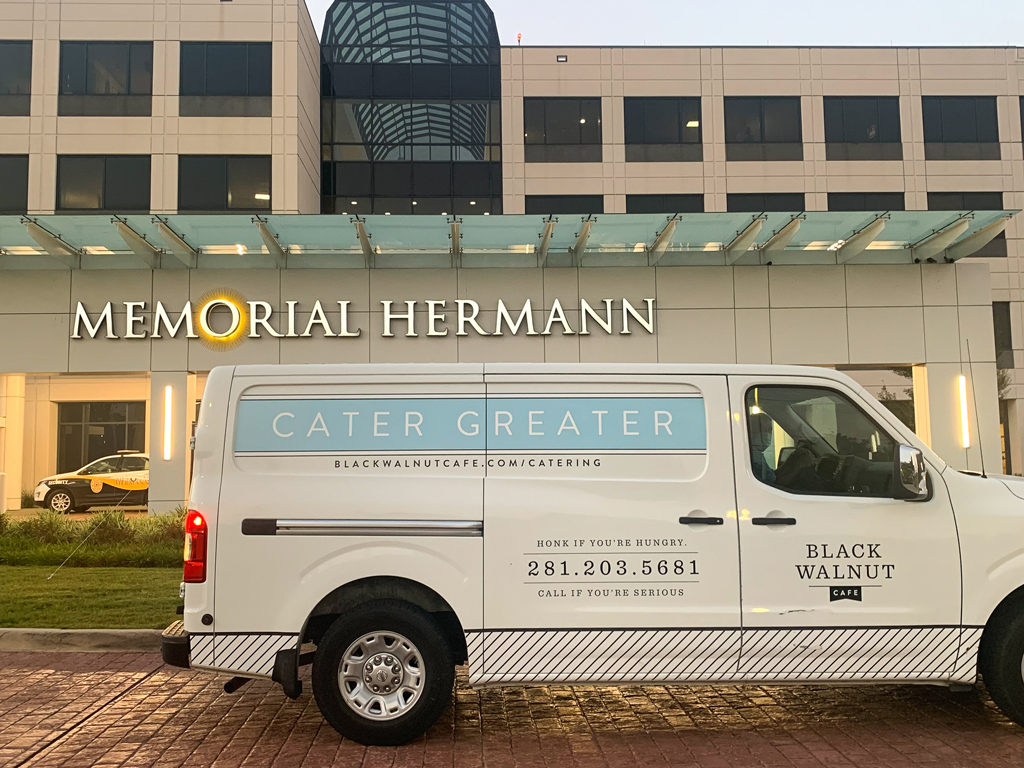 Black Walnut Cafe's Memorial and Rice Village restaurants in Houston delivered over 1,350 meals to Memorial Hermann for their Feeding Frontline Families initiative.